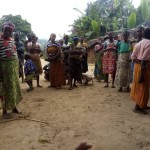 donne nei villaggi copia